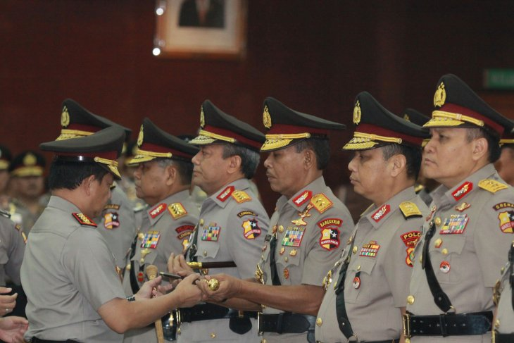 Komjen Pol Idham Aziz calon pangganti Jendral Pol Tito