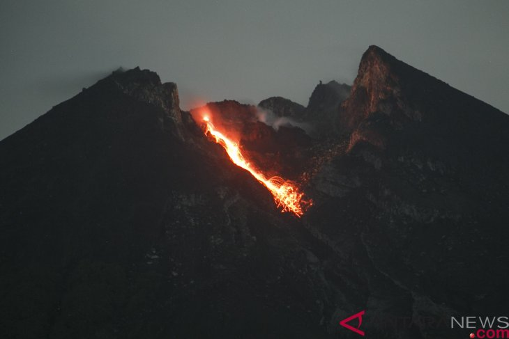 Mount Merapi recorded to have spewed lava eight times