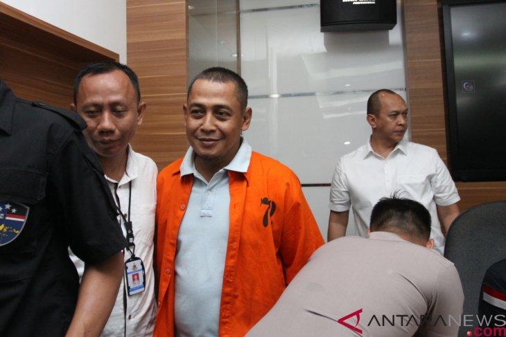 Creator of fake news on 10 million marked ballots arrested