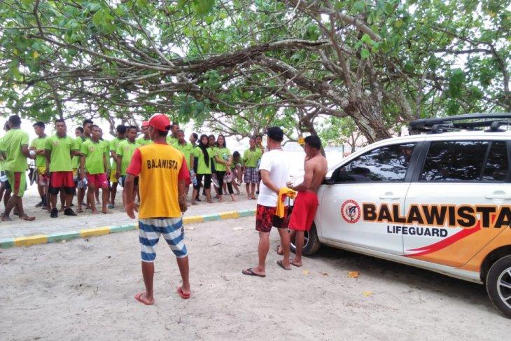 Kemenpar Latih Relawan Penyelamat Wisata Pantai Banten