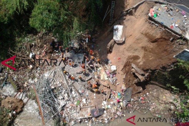 Pengembang perumahan yang longsor di Batubulan bisa jadi tersangka