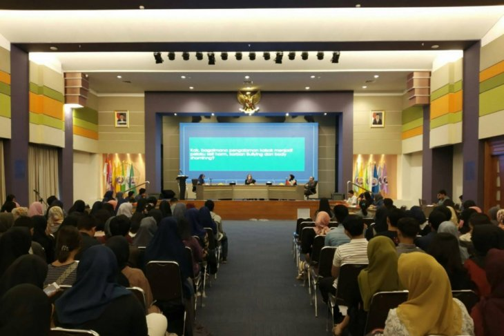 Pakar: 'Bullying' imbas negatif media sosial