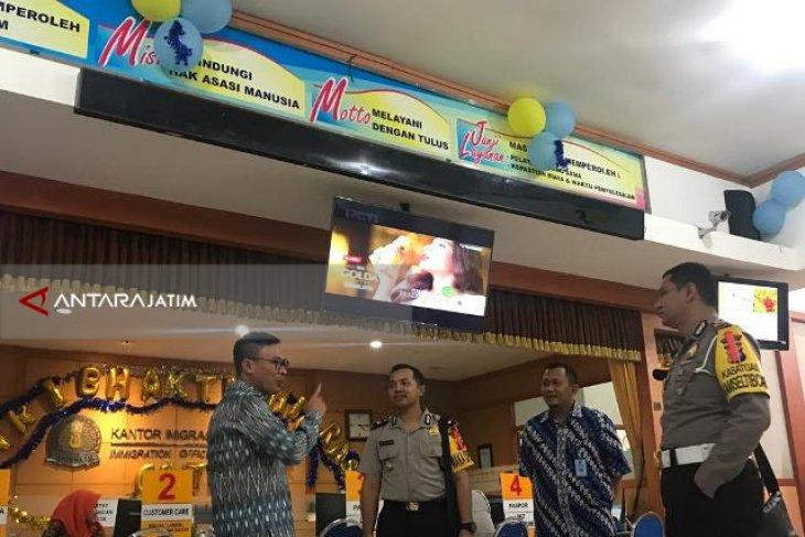 Belajar ZI-WBK, Pejabat Polres Studi Banding ke Kantor Imigrasi Blitar (Video)