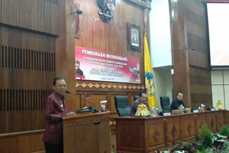 Gubernur Bali targetkan kemiskinan tinggal 1 persen
