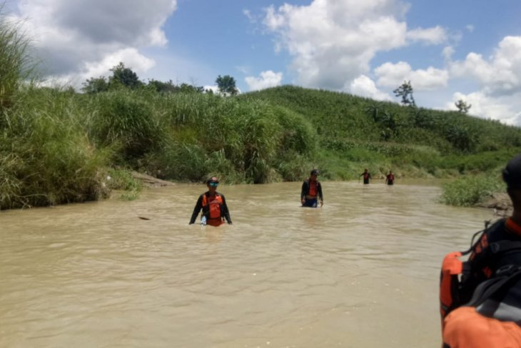 SAR Gabungan Bojonegoro Hentikan Pencarian Korban Tenggelam