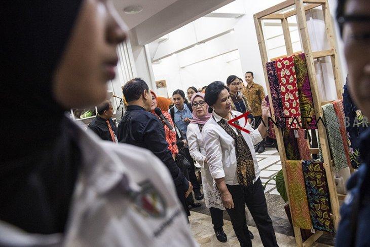 Kunjungan kerja Iriana Joko Widodo