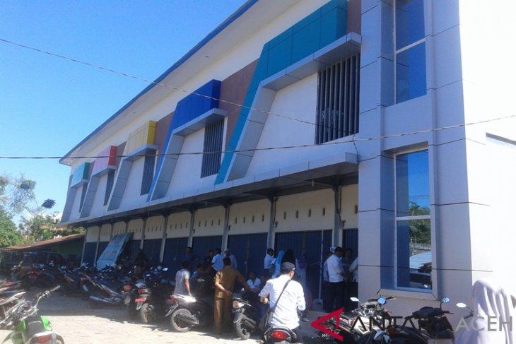 Wabup Abdya resmikan Pasar Tanjung Bunga