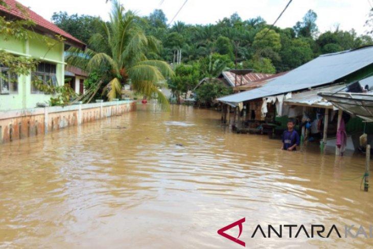 130 Rumah di Paser Tergenang Banjir Setinggi 2 Meter