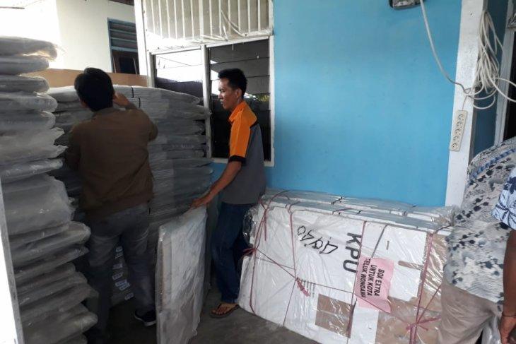 KPU Wondama mulai sortir logistik Pemilu