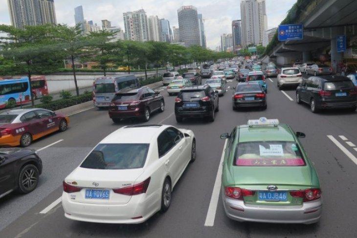 Belasan ribu warga China dilarang menyetir seumur hidup