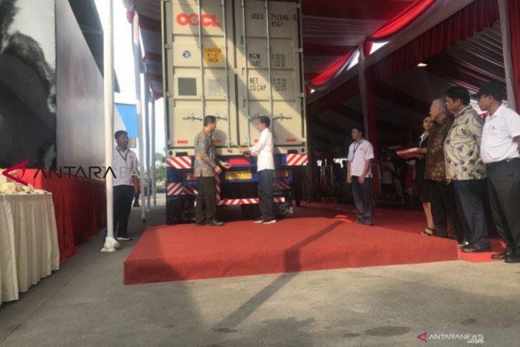 Jokowi lepas kontainer ekspor kopi ke-250.000