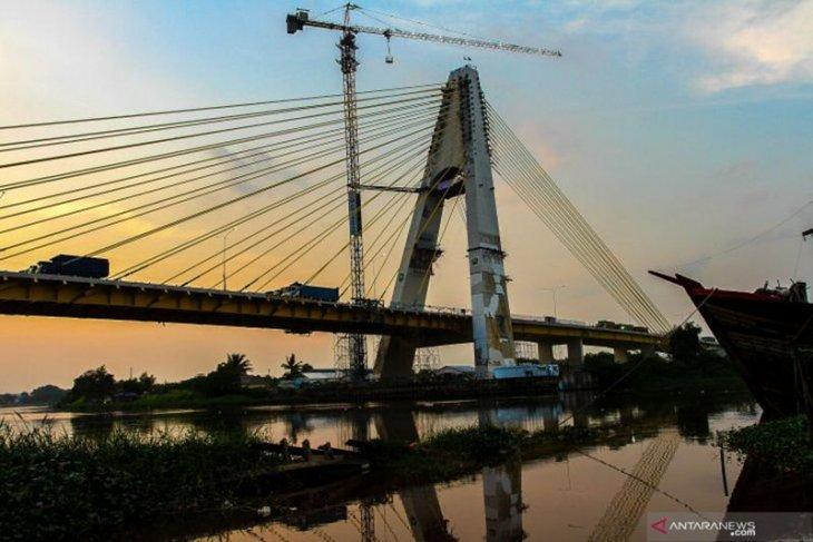 Around 100 bolts of Pekanbaru's Siak IV Bridge found missing