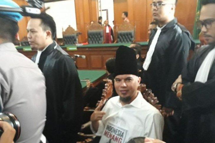 Hakim tolak eksepsi penasihat hukum Ahmad Dhani