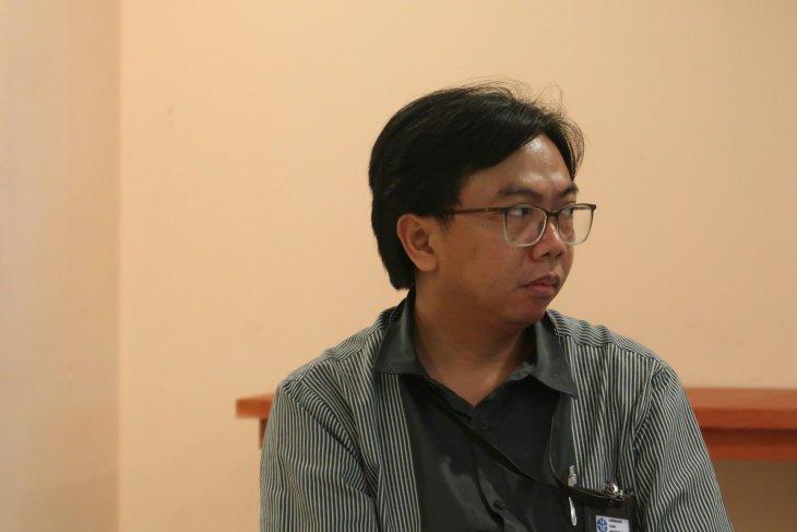 Dr. Rifki Sadikin