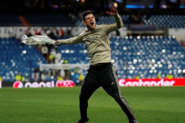 Dihancurkan Ajax 4-1, Real Madrid tersisih dari Liga Champions