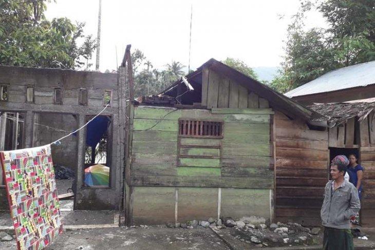 Puting beliung terjang dua desa di Pidie Jaya