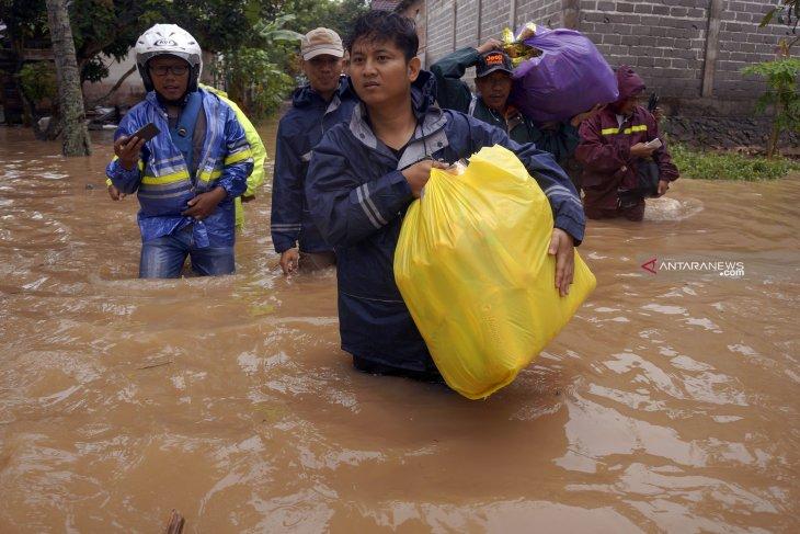 Pemkab Trenggalek tetapkan status siaga bencana banjir-longsor (Video)