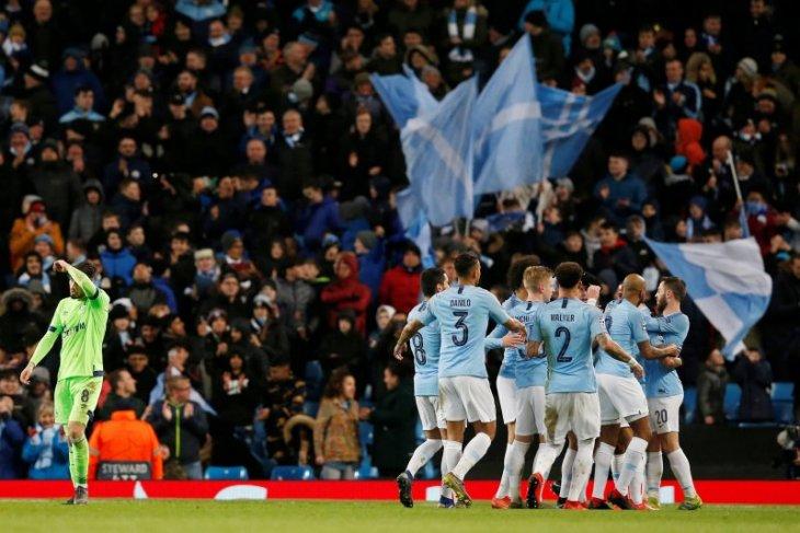City lolos ke perempat final setelah hancurkan Schalke 7-0