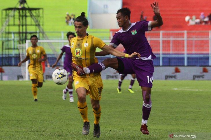 Persita Tangerang memburu pemain belakang perkuat Liga II