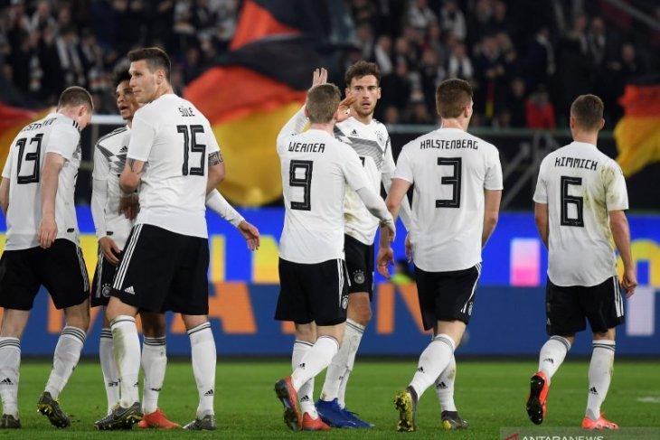 Tampilan baru tim Jerman tunjukkan tanda-tanda perbaikan