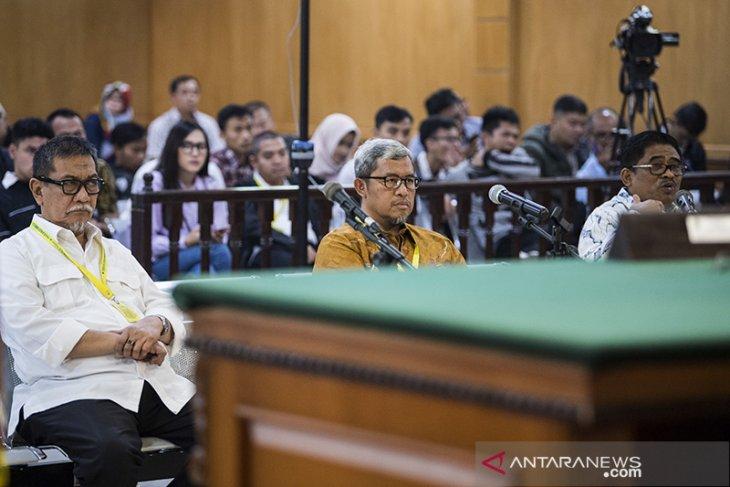 Mantan Gubernur Jabar bersaksi di Tipikor