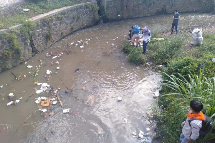 Kabupaten Sukabumi hasilkan 250 ton sampah plastik setiap hari