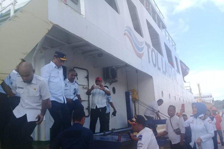 Posko Lebaran satu bulan penuh di pelabuhan Yos Sudarsso Tual