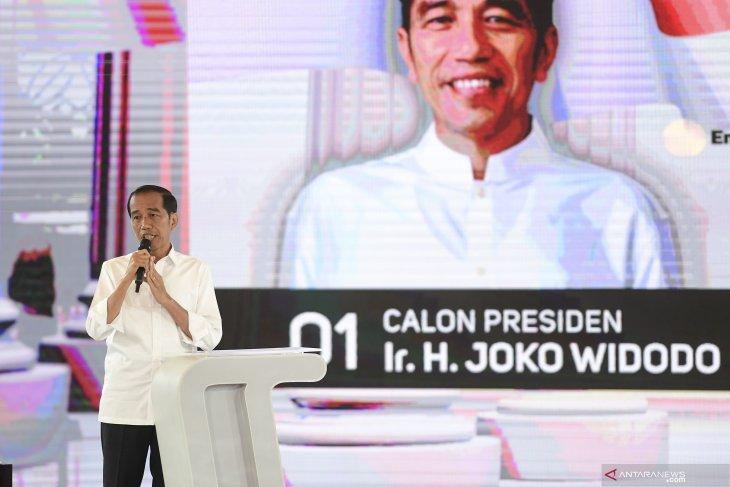 Jokowi Janji Perkuat Pancasila dan Kekuatan Militer