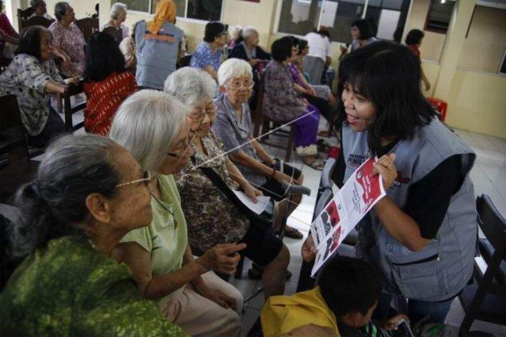 Sosialisasi pemilu untuk warga lansia