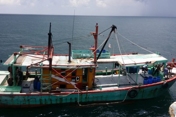 Fisheries Ministry seizes another Malaysian-flagged fishing boats