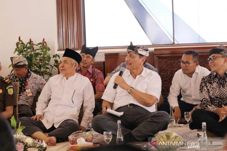 Trans-Java toll road will reduce prices of basic necessities: Minister
