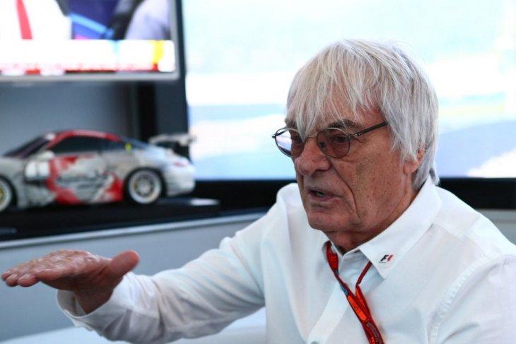 Jelang GP ke-1.000, Ecclestone melirik peluang balap mobil elektrik