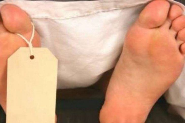 Ditemukan luka pada bagian belakang leher jasad wanita terbungkus