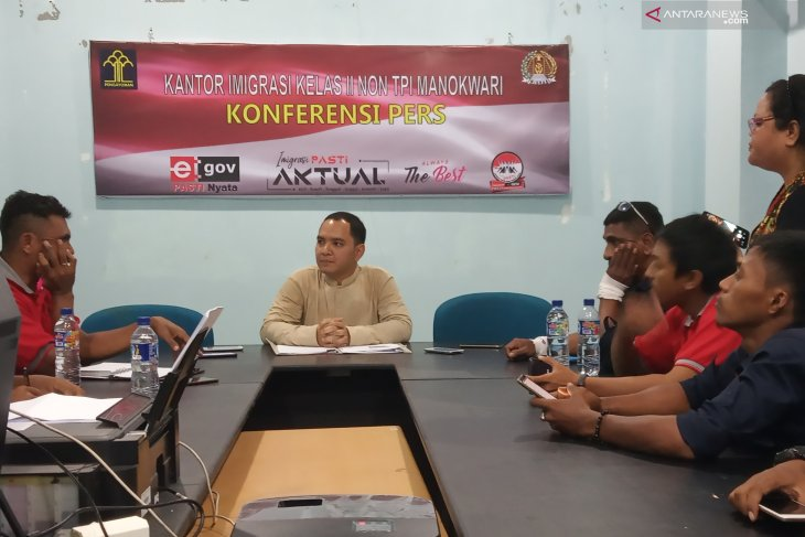 Foreign journalists can monitor polls in Papua if they secure permits