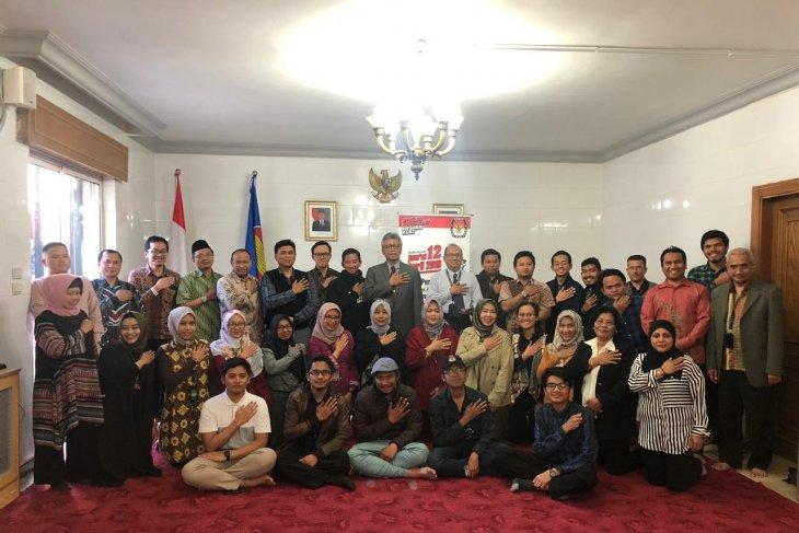 Indonesian Ambassador delivers message of peace for election in Jordan