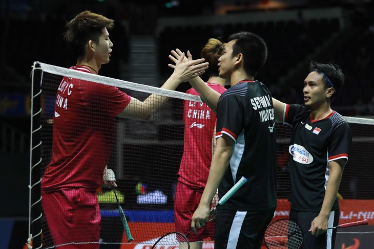 Indonesian badminton athletes advance to Singapore Open final