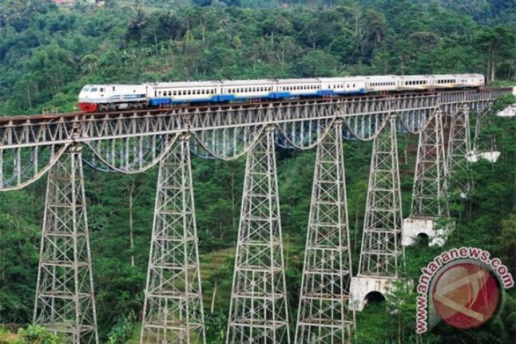 West Java to promote historical railway tour for foreign tourists