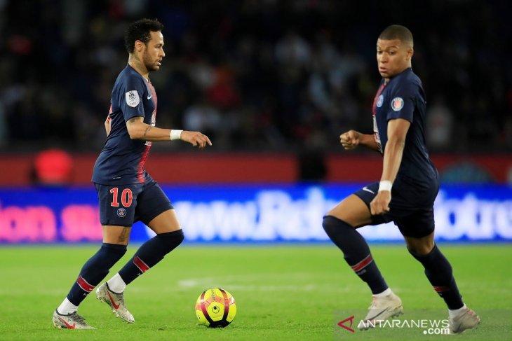 Mbappe cetak trigol ke Monaco untuk lengkapi pesta juara PSG