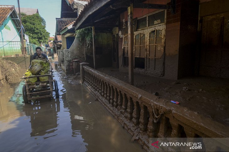 Pascabanjir di Kabupaten Bandung