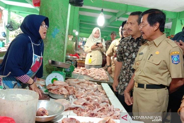 Kemendag tinjau stok sembako di Pasar Pangkalpinang