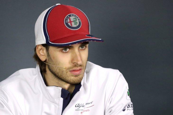 Giovinazzi terkena hukuman karena gunakan komponen baru