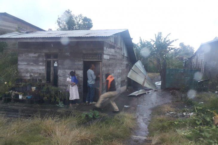 Puting beliung rusak tiga rumah di Bener Meriah