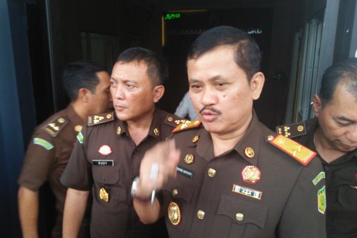 Satu tersangka dugaan korupsi WFC datangi Kejati Maluku