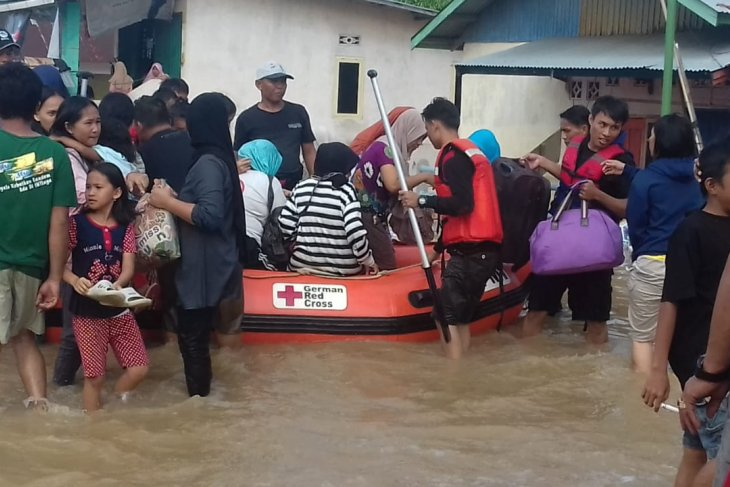 Relawan PMI dikerahkan bantu korban banjir di Bengkulu