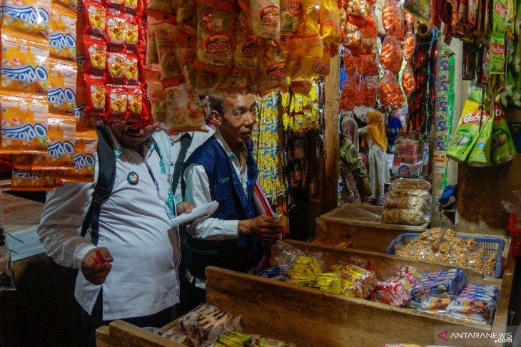 Disperindag berlakukan sanksi pelaku usaha jual produk pangan kadaluarsa