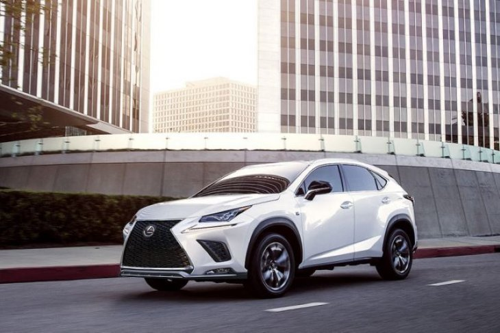 Toyota akan memproduksi Lexus SUV di pabrik perakitan Kanada