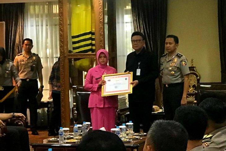 Mendagri sampaikan penghargaan Polri gugur saat tugas Pemilu
