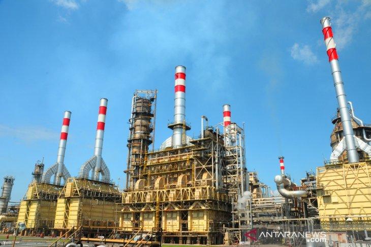 Pertamina's crude imports decline 35 percent