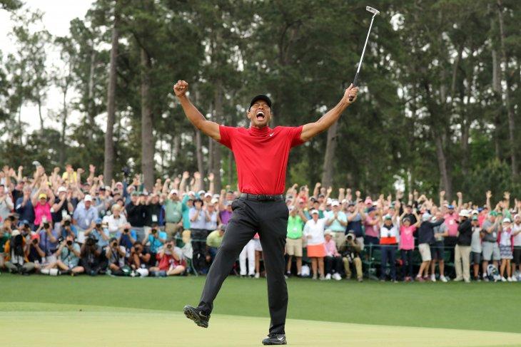 Waw, Tiger Woods dianugerahi Medali Kebebasan oleh Donald Trump