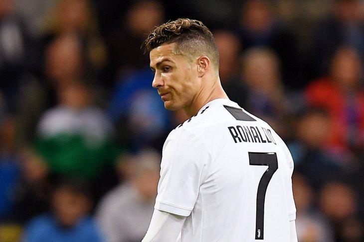 Cristiano Ronaldo beri